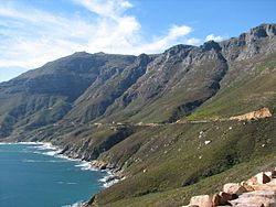 250px-Chapmans_Peak_Drive_descent_to_Hout_Bay